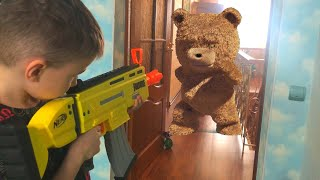 Nerf Game Teddy bear pissed off  Нерф Игра Мишка разозлился