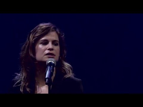 Christine and the Queens - Chaleur humaine (Live)