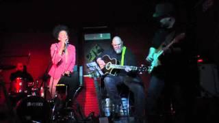MAAM JAARRA GUEYE & Porokhan Band produced by MESTIZO PRODUZIONI me...