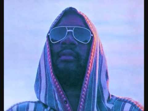 Isaac Hayes - Walk On By (Screwed).wmv