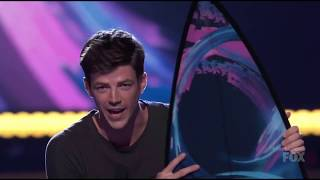 Video Grant Gustin and The Flash won for #TeenChoice Awards download MP3, 3GP, MP4, WEBM, AVI, FLV Agustus 2017