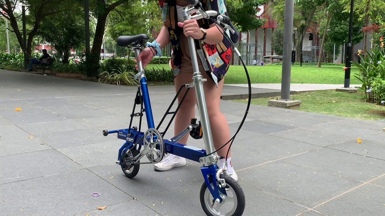Explore Singapore with CarryMe compact foldable bicycle