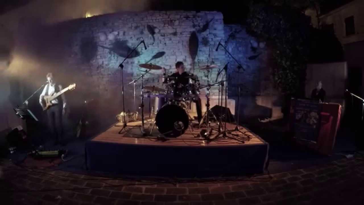 La porta chiusa le orme garbodineve tribute band youtube - La porta chiusa sartre ...