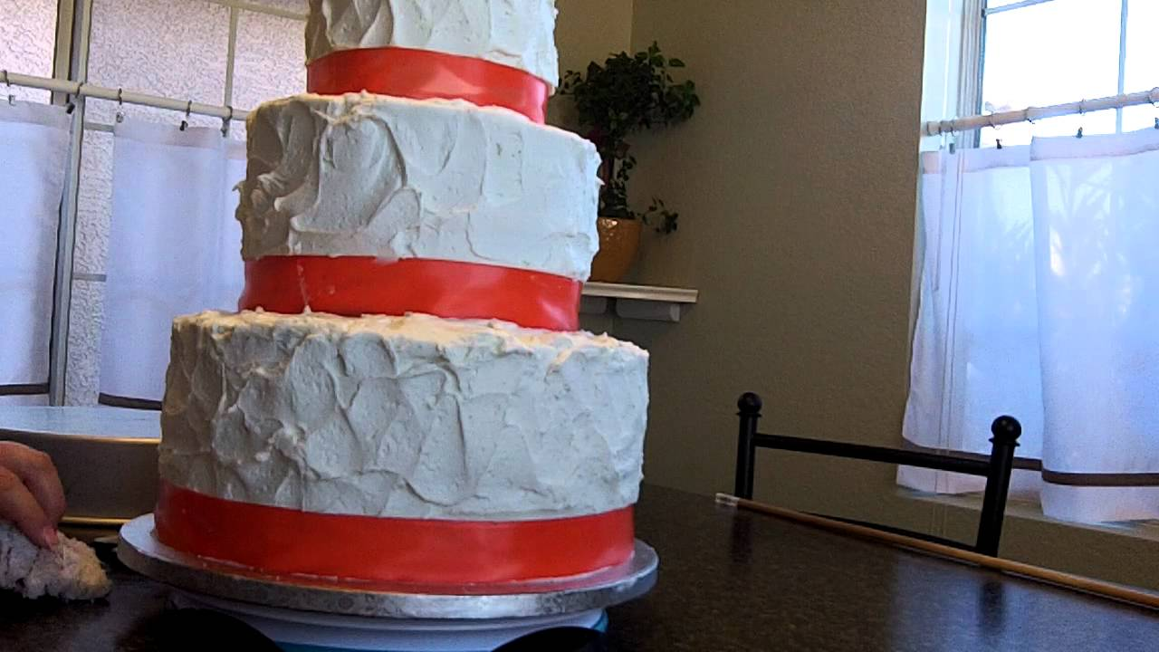 how to get a wedding cake level how to make a wedding cake learn how to level fill 15733