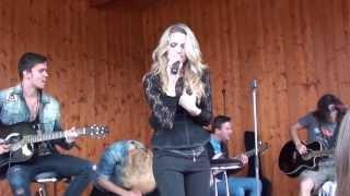 Gabriela Guncikova - I hate myself for loving you (Joan Jett cover) , Nosovice, 31.8.2013