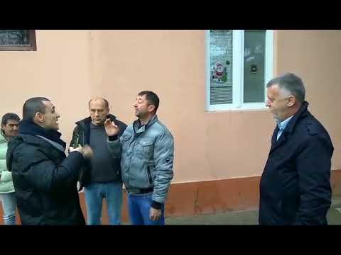 Snimak napada na zamenika predsednika Igora Salaka i narodne poslanike Demokratske stranke