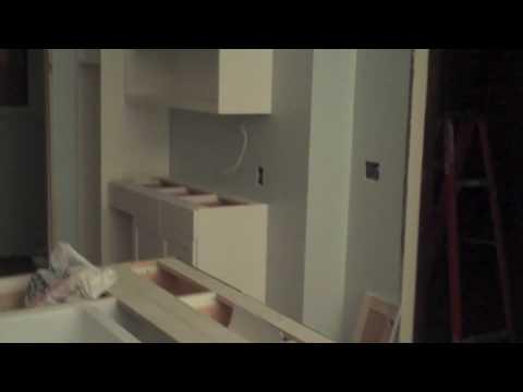 341 Dayton Kitchen Cabinets