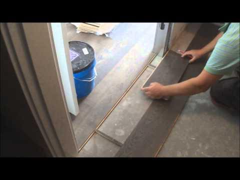 Trick:Flat Hardwood Floor Transition Installation between Room and Walk-In-Closet DIY