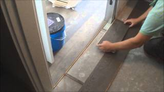 Trick:Flat Hardwood Floor Transition Installation between Room and Walk-In-Closet DIY