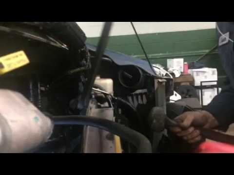 hqdefault super easy ford 6 0 fan clutch removal youtube  at n-0.co