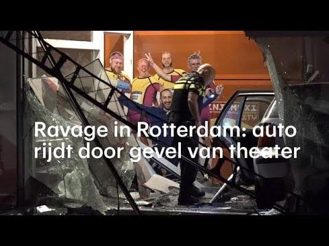 Ravage in Rotterdam: auto rijdt door gevel van theater - RTL NIEUWS