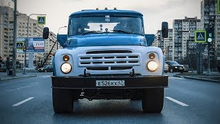 600 HP ZIL 130 is shocking traffic.