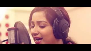 Munthirivallikal Thalirkkumbol - Athimarakombile Making Video