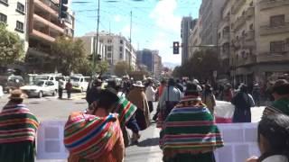 Marcha de protesta en rechazo al proyecto de Ley Minera