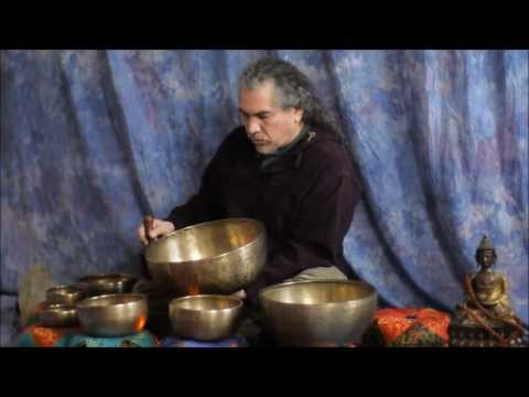 Quick 11 min. Chakra Tune-up with Himalayan Singing Bowls HD