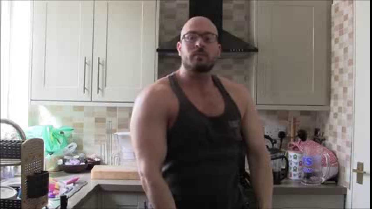 Why bodybuilders today are so much bigger than arnold was youtube why bodybuilders today are so much bigger than arnold was malvernweather Image collections