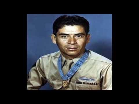 Sebastien de la Cruz and U.S. Latino Medal of Honor recipients