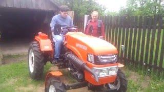 Уралец 220 классный трактор 1 и 4 скорость. Uralets 220 cool tractor 1 and 4 speed