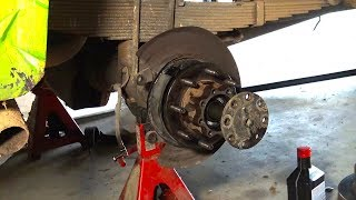 Replacing rear wheel bearings on a Ford Superduty