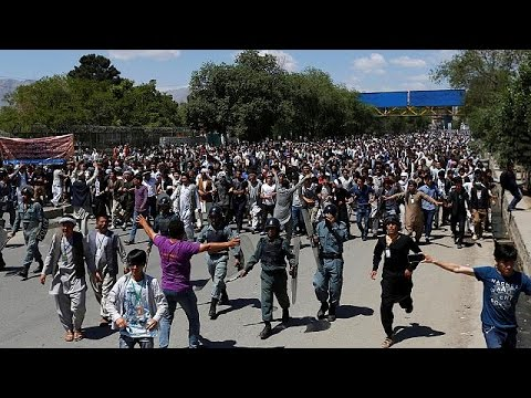 Thousands march through Kabul