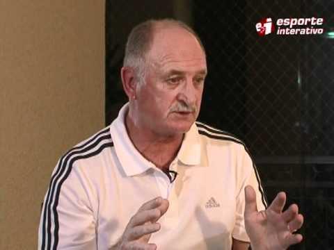 Felipão explica porque não levou Romário para a Copa