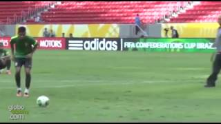 Neymar practices free kicks with Wall and penalties at Brazil training 15.06.2013