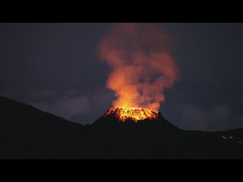 The Piton de la Fournaise volcano: Sparks fly on France's Reunion Island