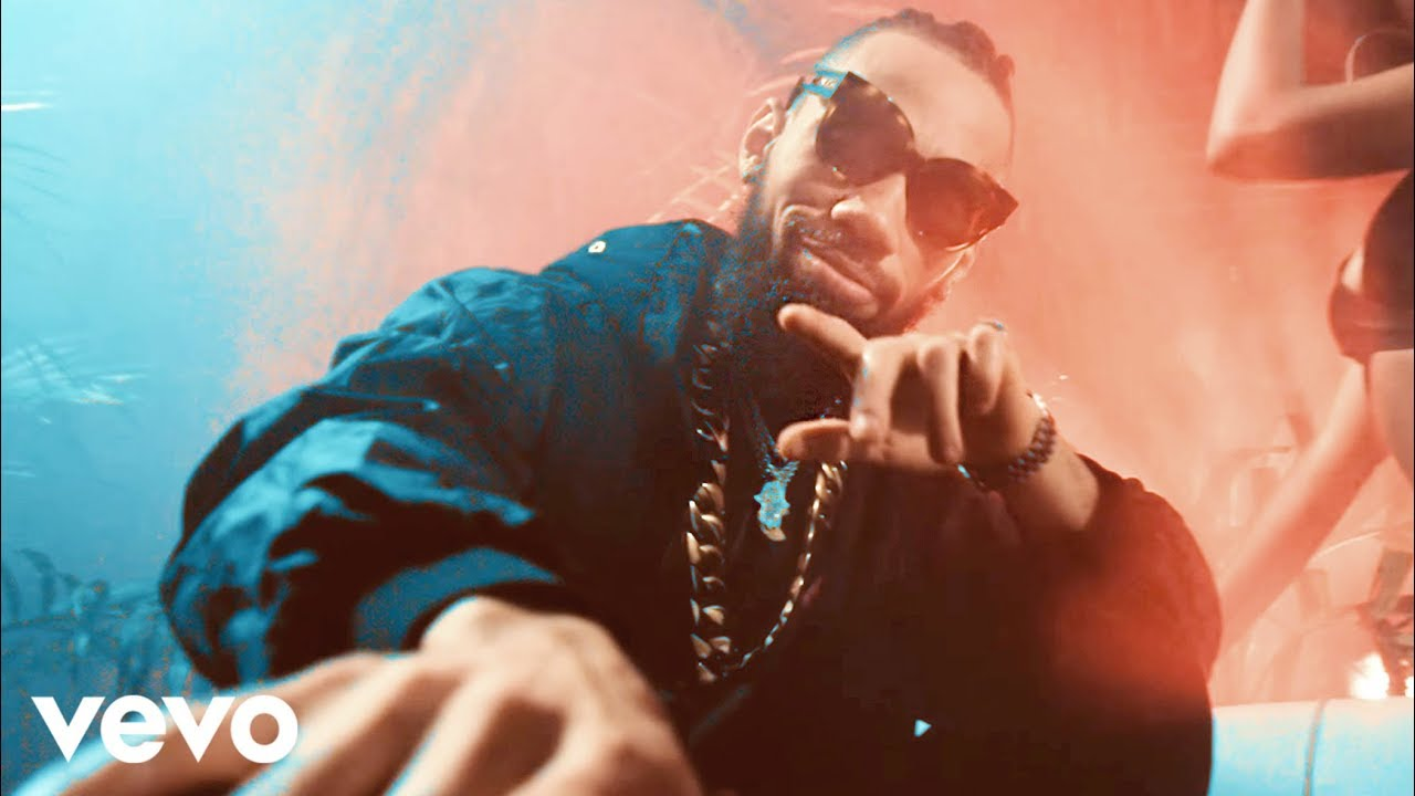 Download Phyno - Isi Ego (Official Video)
