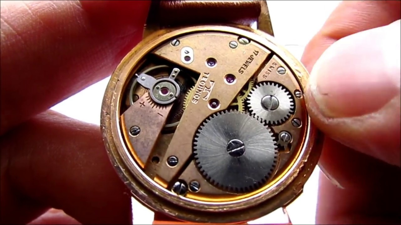 How To Open Vintage Watch Case