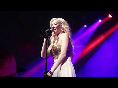 "190303 Tiffany Young - ""Over My Skin"" // Toronto - Lips On Lips Showcase Tour"