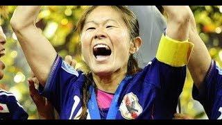 日本女子サッカーのパイオニアの澤さん。アメリカで過ごしていた時期があり英語はなんともないようです。あまり話している場面はありません。 この人は海外でも活躍できると ...