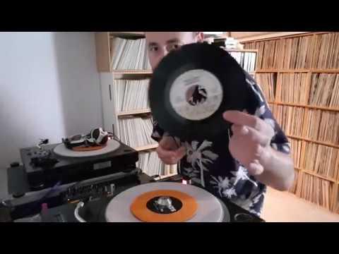 DJ Andy Smith - Reach Up - Disco Wonderland Mix (30 x 7