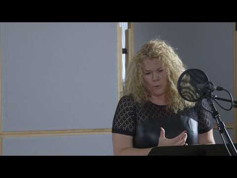 Michelle DeYoung sings Mahler Ich bin der Welt at CPR Classical
