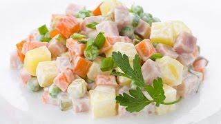 Салат Оливье рецепт. Классический рецепт оливье. Салат Оливье с колбасой. Оливье салат состав.