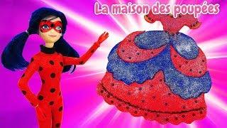 Poupée LadyBug en français pour enfants. Robe de la pâte à modeler Play Doh