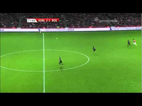 Ryo Miyaichi 100 Metre Sprint in 9 seconds - Arsenal New Favourite [宮市 亮]