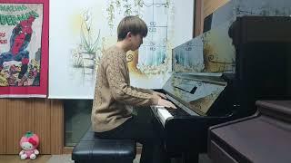 아이유 (IU) - strawberry moon (piano cover)