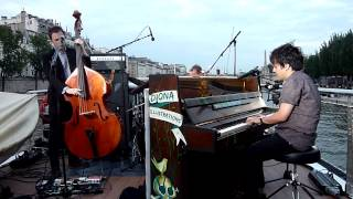 "Jamie Cullum ""Pure Imagination"" @ On the Seine (Paris)"