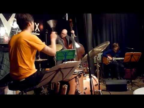 Mary Halvorson Trio, The Vortex, 14.12.09