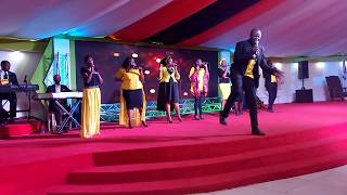Gambar cover Jehovah Retshepile Wena recorded live