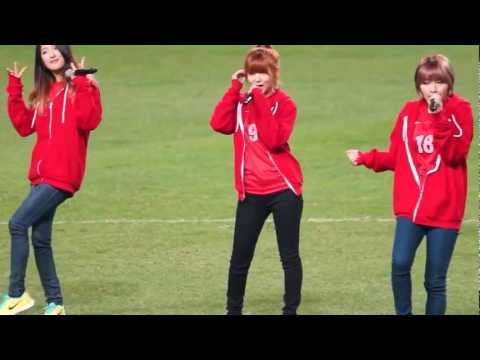 130326 4Minute (Sohyun Focus) - 'Heart to Heart' @ South Korea vs. Qatar World Cup Qualifer [FANCAM]