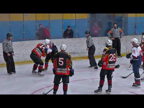 Драка на матче Шахтер (Прокопьевск) - Локомотив (Новосибирск)