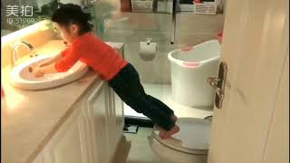 XiaoMan 超萌小吃貨~重温一下小蛮殿下的獨門秘技,有吃就有推動力💪💖😆🍄 #51個月 #happygirl #baby #eatingmachine #小蛮 #xiaoman
