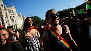 مسيرات للمثليين في مدريد وباريس