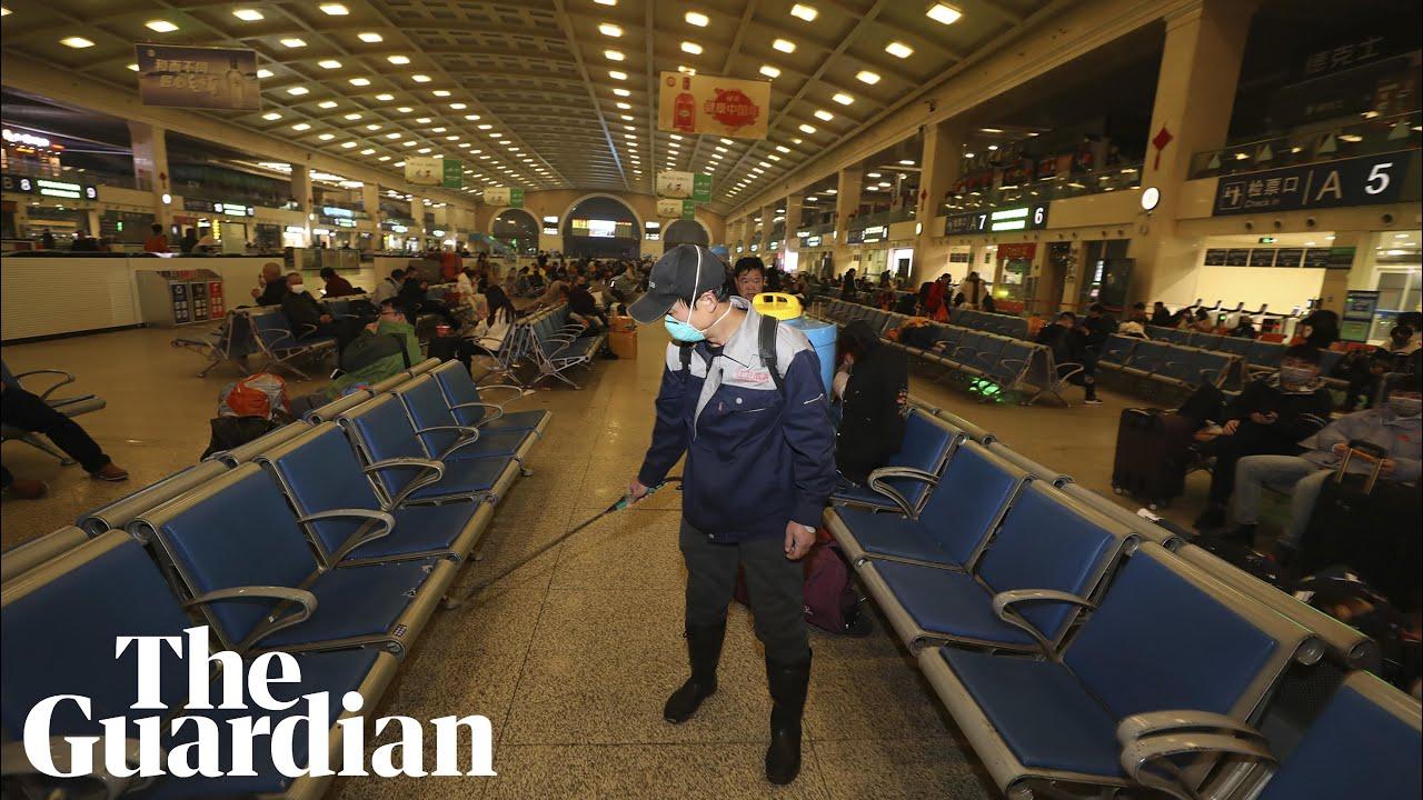 Coronavirus: Wuhan in lockdown as residents barred from leaving Chinese city