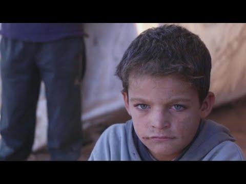 أكثر من نصف اللاجئين السوريين في لبنان يعيشون في فقر مدقع  - 10:22-2017 / 12 / 16