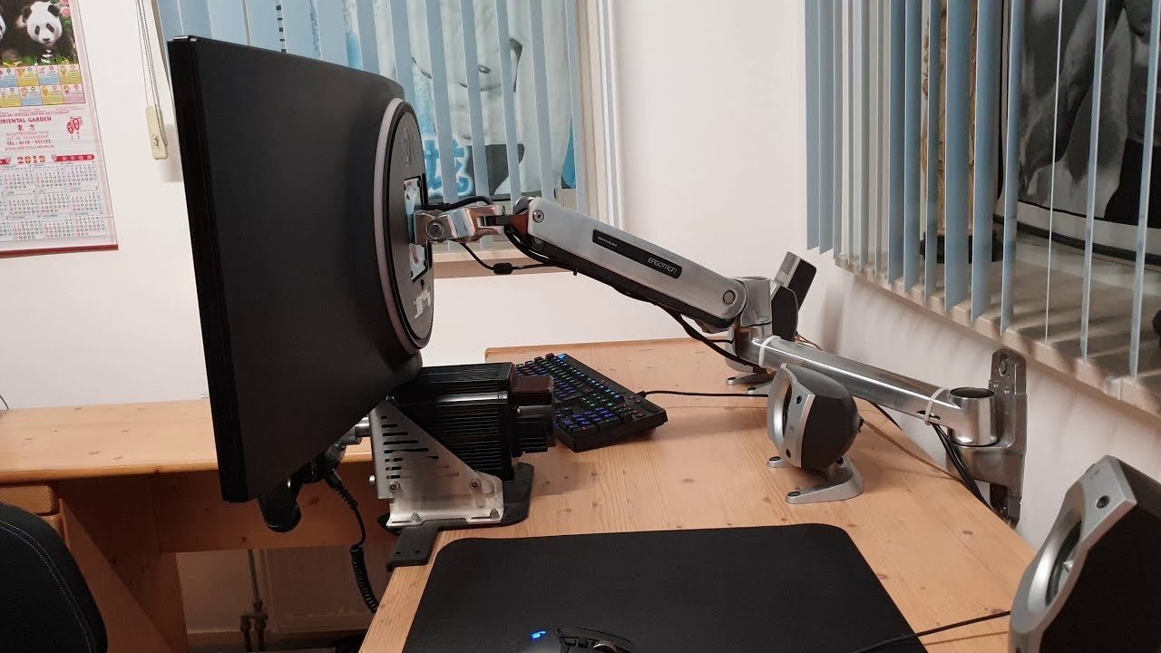 Ergotron LX HD Sit Stand Wall Mount Lcd Monitor Arm