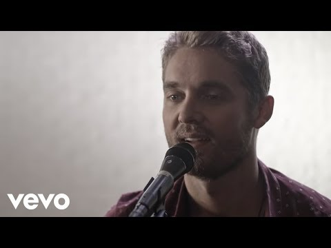 Brett Young  You Aint Here To Kiss Me Acoustic