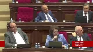 Արփինե Հովհաննիսյանին չհաջողվեց հանդարտեցնել ոչ Մելքումյանին, ոչ Բեքարյանին