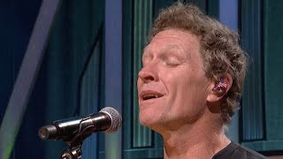 Craig Morgan Sings 'The Father, My Son …' In Empty Grand Ole Opry